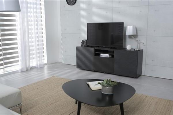 「京东」京东方首次拿下全球液晶电视面板出货量、出货面积双料第一