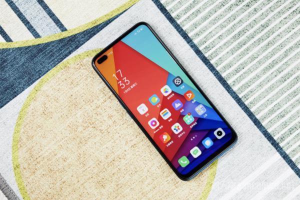 高性价比的5G手机 这三款双模5G手机也没有很贵