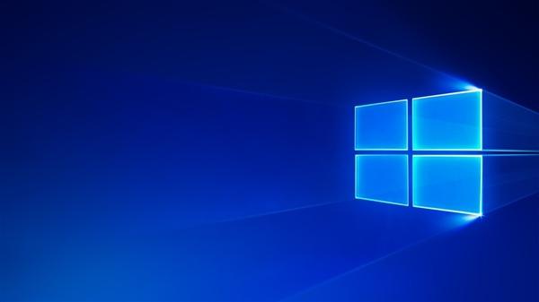 """微软全新免费Win10主题""""雨中城市""""上线:内置18张高清壁纸"""