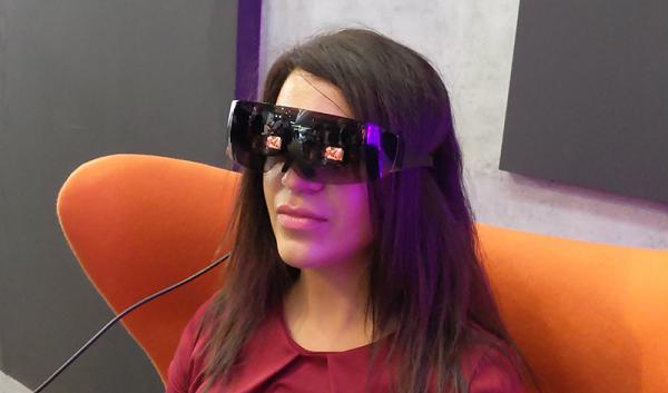 CES 2021:TCL推出智能观影眼镜,今年发售/价格待定