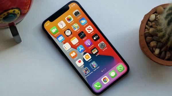 苹果密谋1TB版iPhone 明年见?