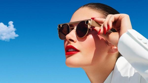 美国社交媒体公司Snap Inc .将于5月推出新的AR眼镜