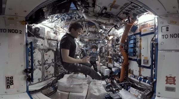 VR太空系列片「太空探险者」第一集限时播放至5月10日