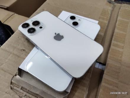 新iPhone机模到手 没惊喜没改变