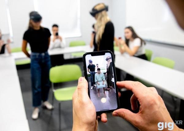 "VR培训平台GIGXR为美空军学院开发""HoloChem""MR化学模拟训练应用"