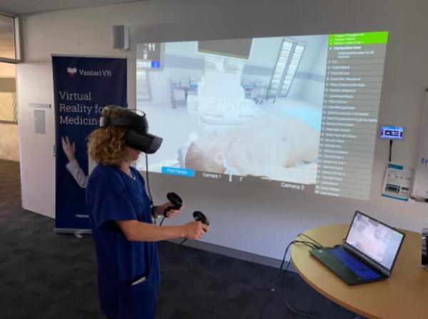 澳大利亚医院正基于VR医疗培训平台Vantari VR开展手术训练