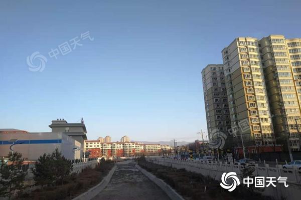 内蒙古风雪降温再上线 该国东部下大雪