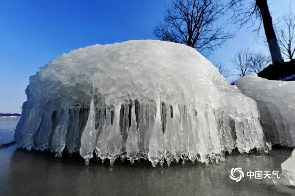 """冷空气再""""发威"""" 一组图带你看极寒天气下的独特景观"""