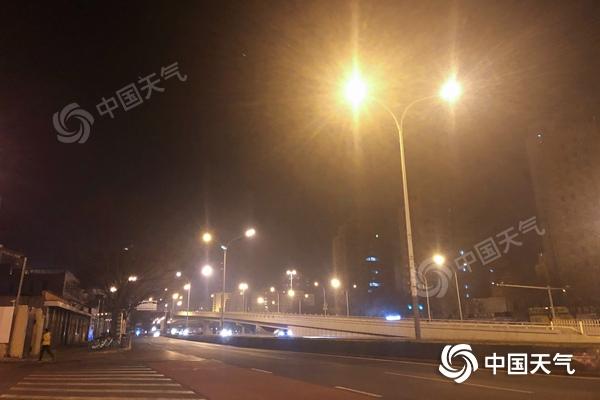 北京昼夜温差大将超10℃ 24日夜至25日或有雪