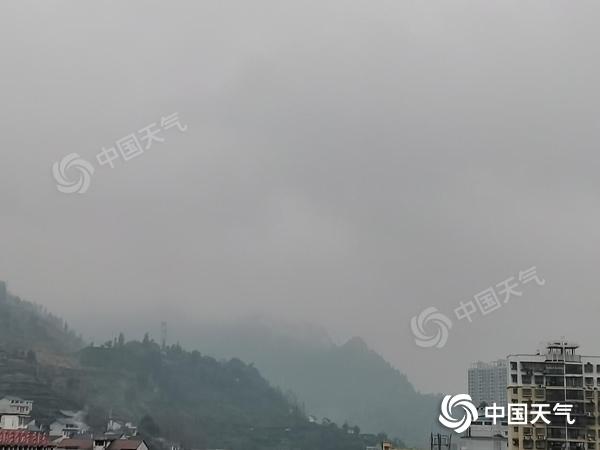 """湖南今明天阴雨""""在线"""" 能见度较低"""