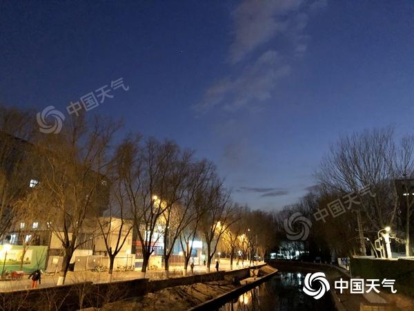 """开工冷!今日北京最高气温零下1℃ 周后期新一股冷空气再""""来袭"""""""