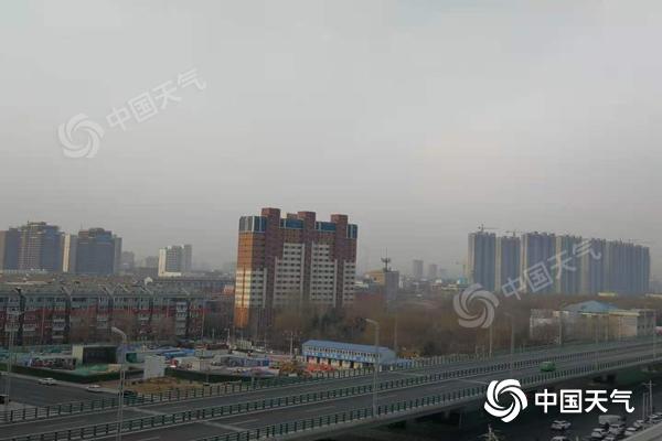 内蒙古大部分地区温暖晴朗 下午会有冷空气到来