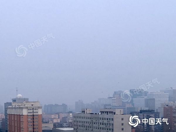 今日北京晴朗升温最高温11℃左右