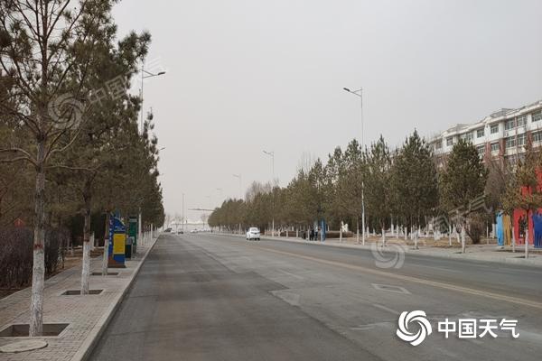 今天 内蒙古大部分地区都有暴风雪