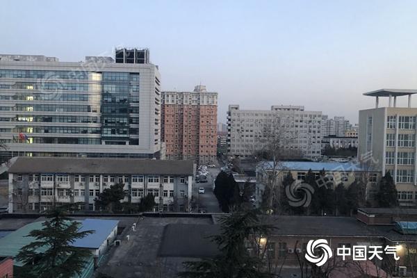 温暖!北京今明两天最高气温可能创今年新高 周日气温会下降