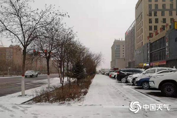 中部和东部的雨雪在北部继续降温超过14摄氏度