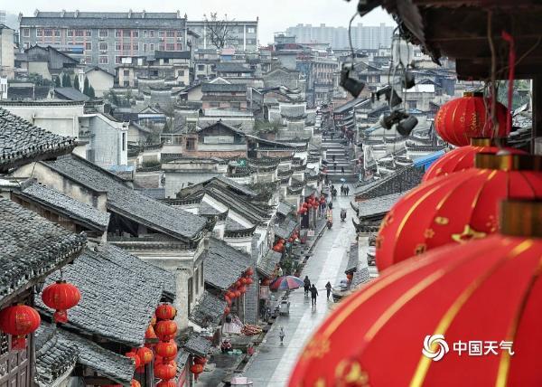 贵州黎平的大红灯笼高高挂 革命古城味道浓郁