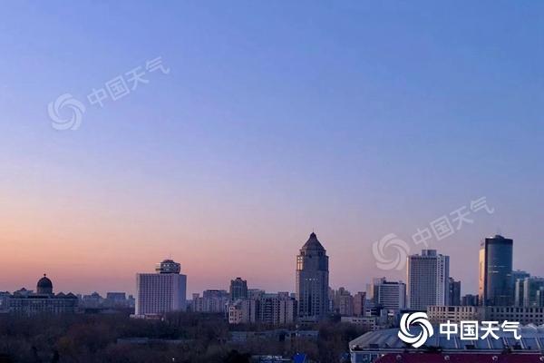 北京启动供暖模式 后天最高气温15°C