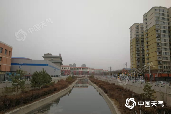 内蒙古迎风雪降温 部分地区将现沙尘暴