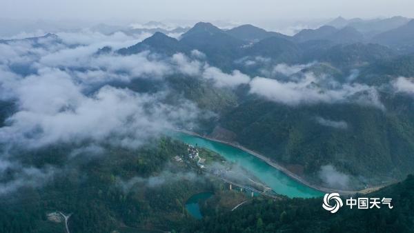 贵州铜仁 雾都 似仙境