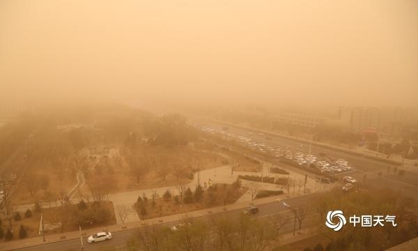 宁夏强沙尘暴天气的最低能见度为166米