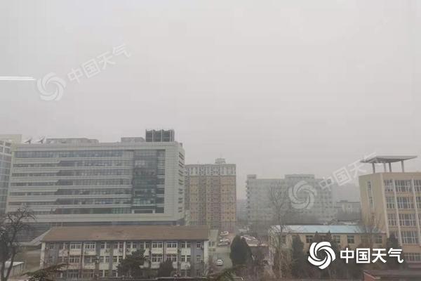 今天的雾霾困扰着北京 明天 将有7次沙尘暴