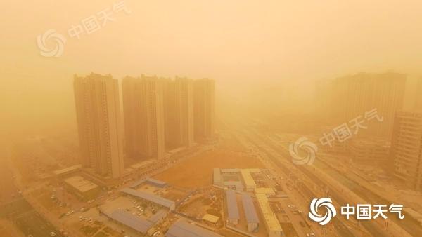长江中下游降温进行时 西北华北雨雪增多