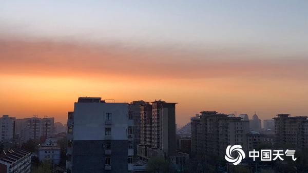 北京日出又上线了!橙色和红色装饰地平线
