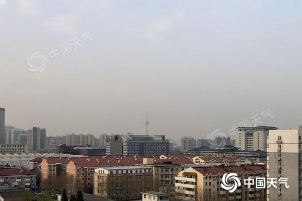 24℃!北京今天暖意十足 明起降温来袭后天或有降雨过程