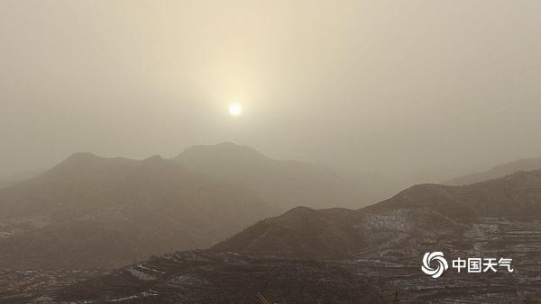 北京延庆能见度差预计沙尘早上到达北京 晚上结束