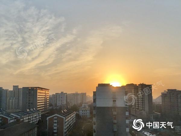 北京今天继续升温 晚上周围可能会有浮尘
