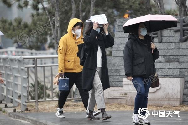 周末北京有轻到重度霾 下周一北风渐起