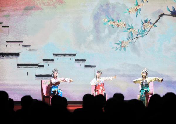广西积极推动地方戏曲剧种保护