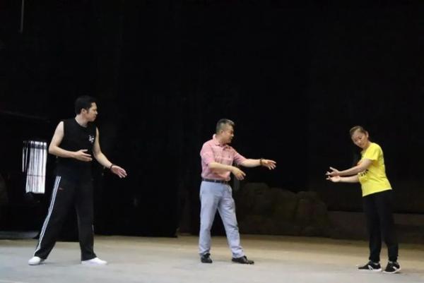 看戏曲,学党史,广西戏剧院京剧《瑶山春》带来生动党课