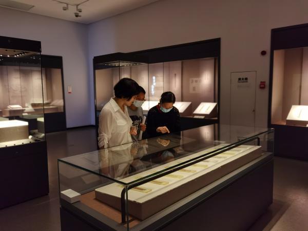 """长沙博物馆""""从里耶到长沙""""特展解码简牍中的湖湘史记"""