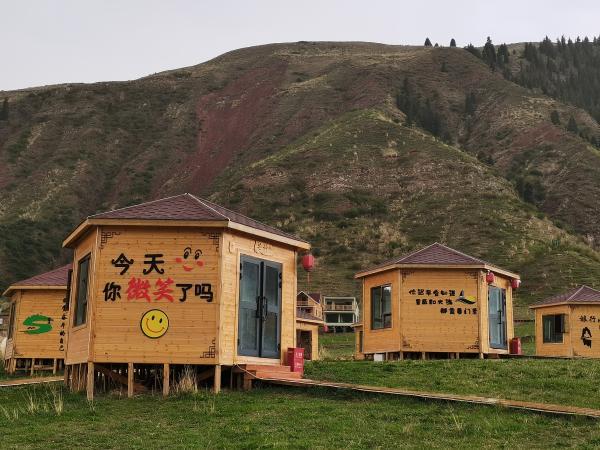 """新疆温宿县塔格拉克村,变身乡村振兴靓丽""""风景线"""""""
