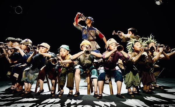 四川艺术职业学院原创儿童剧《小军号》首演