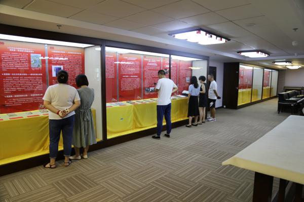 湖南图书馆推出庆祝建党百年馆藏红色文献展
