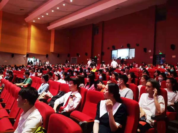 广西南宁市开展红色故事展演活动,推动党史学习教育走实走心