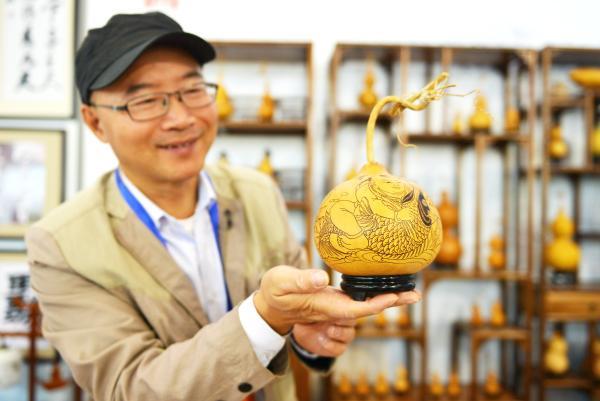安徽工艺大师庆端午 借助非遗传统艺术展示地方红色历史