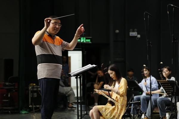中国煤矿文工团同地方院团合作共同唱响《红色恋歌》