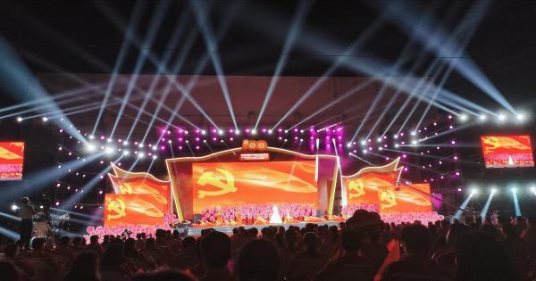 河南油田举办庆祝中国共产党成立100周年文艺晚会