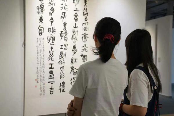 用画笔讲好中国故事,四川百幅作品献礼百年华诞