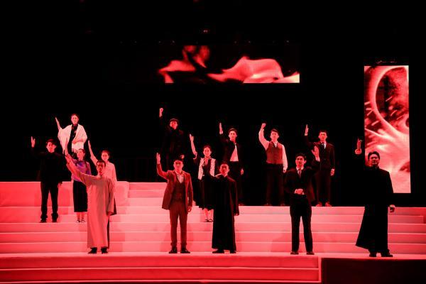 寻根红色印记 《红场上的红流》唱响理想与信仰