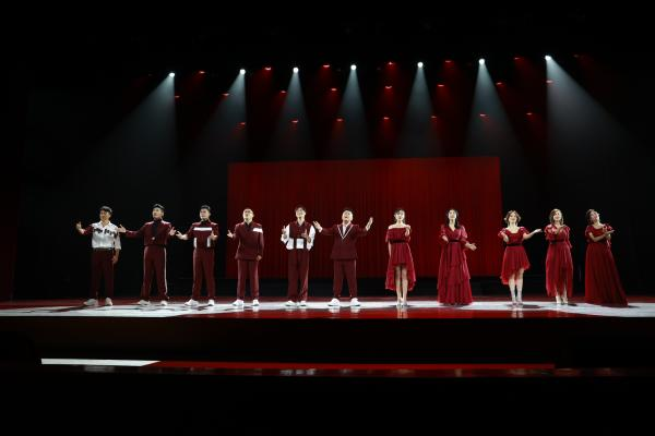 歌舞晚会《情深意长》歌颂建党百年