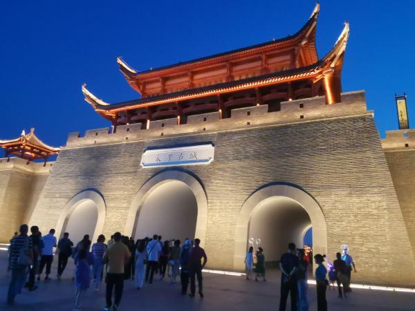 中国—东盟文化论坛部分嘉宾走进南宁和大新开展技术考察,领略壮乡之美