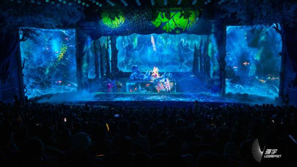 环宇文化新作《森林传说》引爆苏州!360°沉浸式奇幻互动观剧新体验!