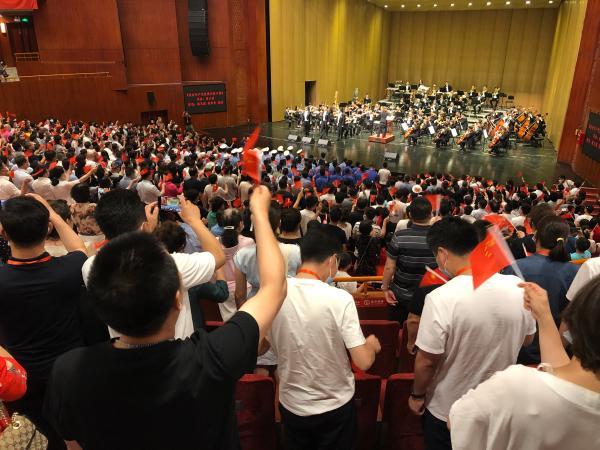 中国三大男高音唱响敕勒川草原