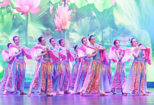 第21届中国金湖荷花节促进合作发展