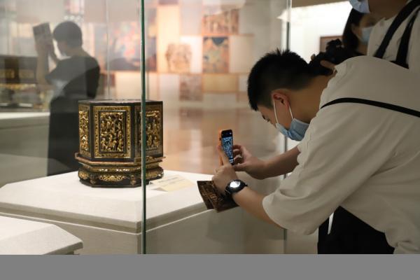来广西南宁博物馆,走进潮州木雕的世界!